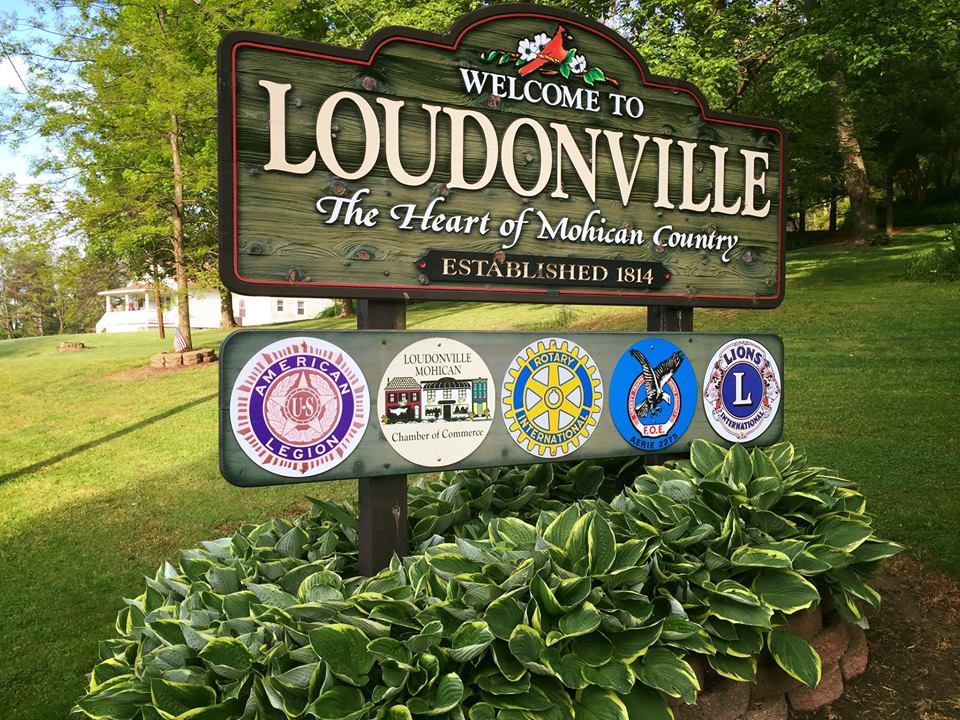 Village sign for Loudonville Ohio.