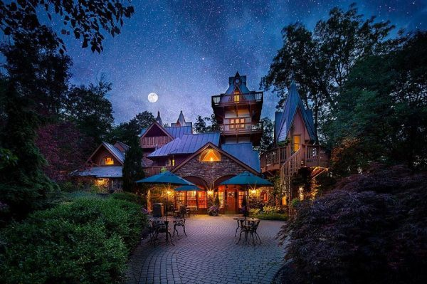 Landoll's Mohican Castle at night.